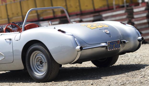 04 57 Vette R3QTR 10 1957 Chevrolet Corvette Racer
