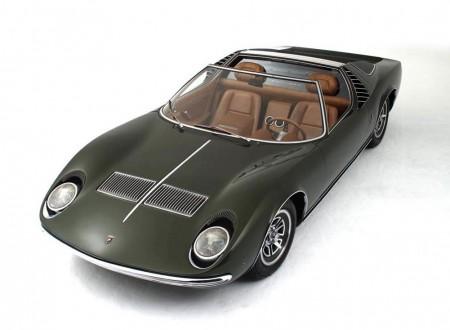Bertone Lamborghini Miura Roadster 1968 061 450x330 - The 1968 Bertone Lamborghini Miura