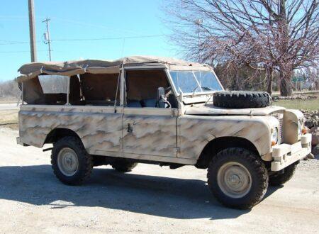 Screen shot 2011 04 09 at 12.52.33 450x330 - 1974 Land Rover 109