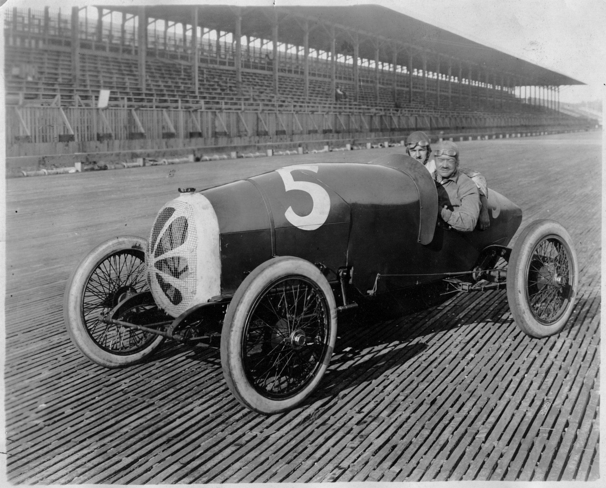 Board Track Racing Car #5