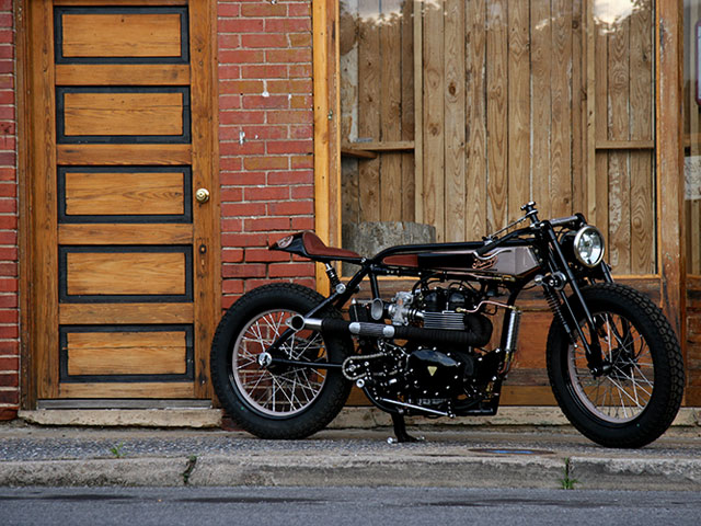 tt deluxe pic1 Triumph TT Deluxe Café Racer by LC Fabrications