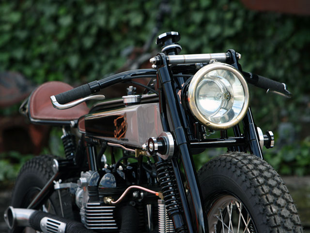 tt deluxe pic3 Triumph TT Deluxe Café Racer by LC Fabrications