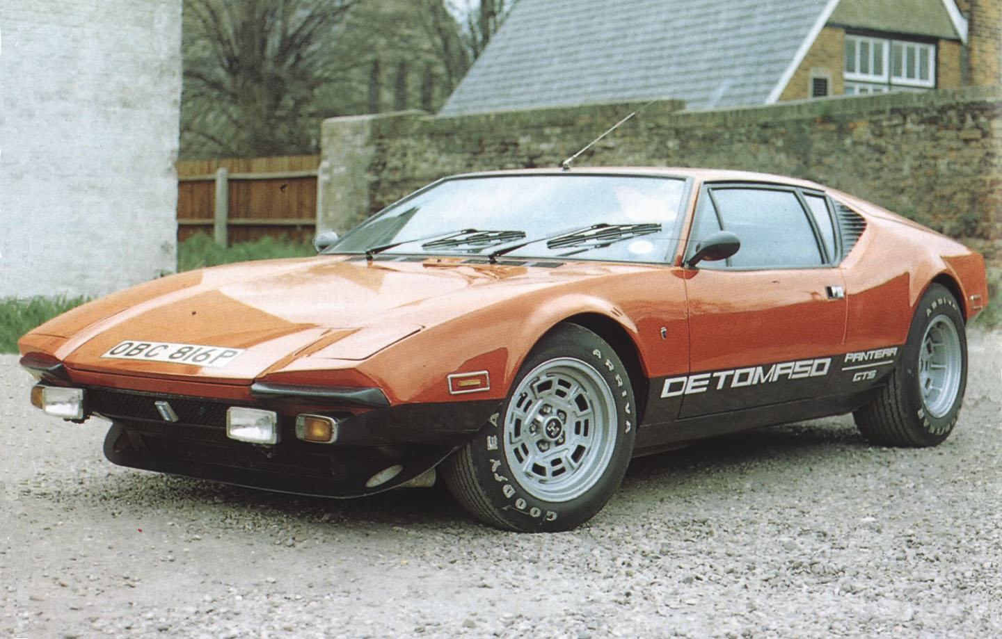 the 1976 de tomaso pantera gts silodrome. Black Bedroom Furniture Sets. Home Design Ideas