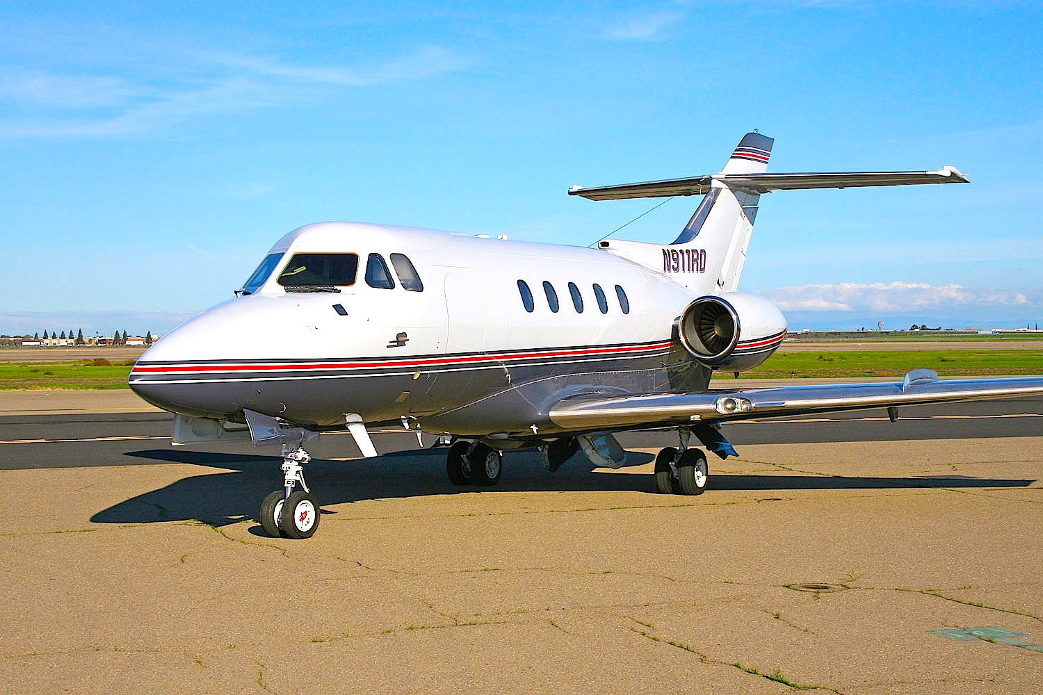 Hawker Private Jet - (SILODROME)