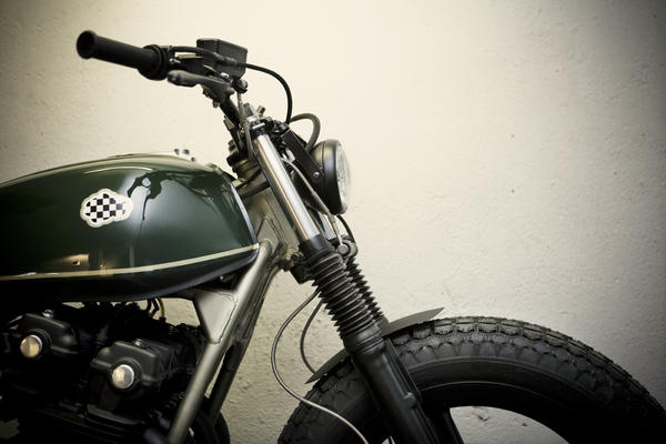 a8i3614seleccionaltas detalle Military Gold by CRD Motorcycles