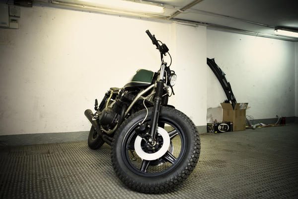a8i3620seleccionaltas detalle Military Gold by CRD Motorcycles