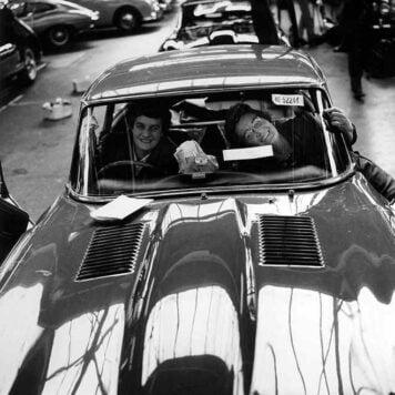 1963-Jaguar-e-type-production-line