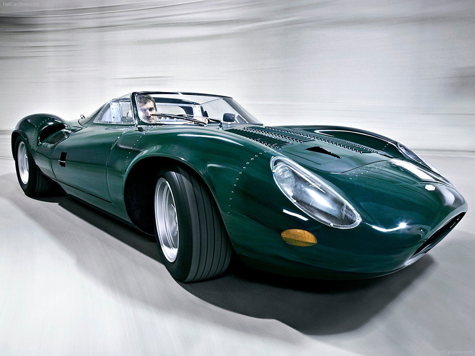 Captivating Jaguar XJ13