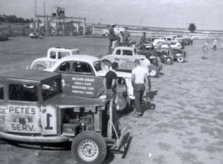 Sandusky Speedway Supermodified Stock Car Racing 1959 450x330 - Sandusky Speedway Supermodified Stock Car Racing - 1959