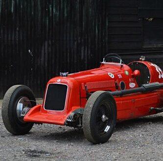 1933 MG Magnette K Type 2 333x330 - 1933 MG Magnette K-Type