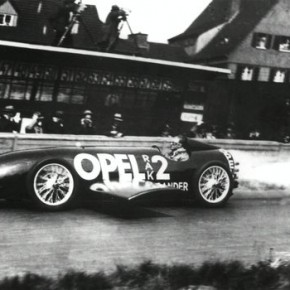 9080508.005.Mini1L2 290x290 - Fritz Von Opel and his Rocket Car