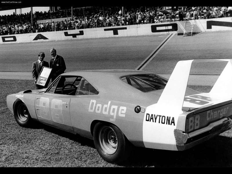 Dodge Charger Daytona 1969 800x600 wallpaper 06 1969 Dodge Charger Daytona