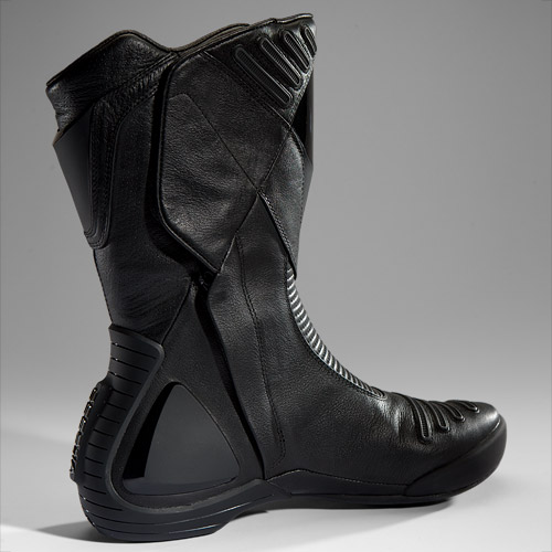 vitesse-boots-glove-lg-04