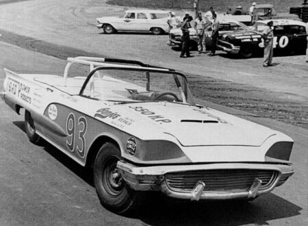 59tbirdconvertible 450x330 - 1958 NASCAR Daytona Beach Convertible Race