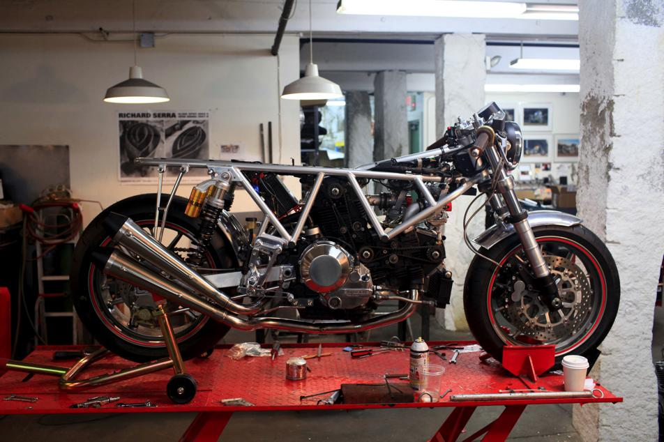 IMG 0314 Building The Riviera Ducati SS With Walt Siegl