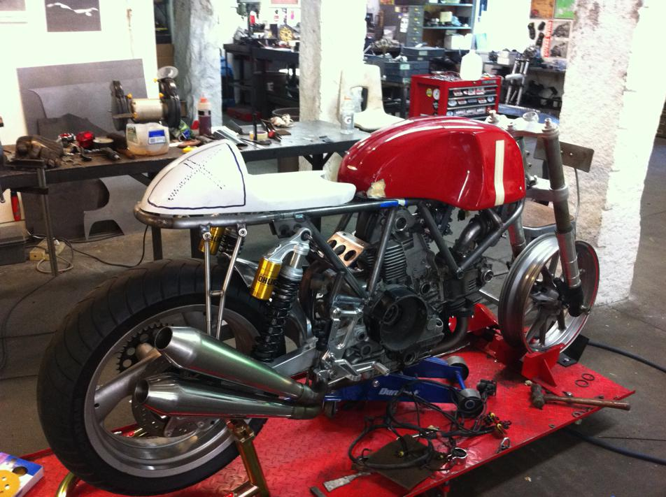 IMG 0464 Building The Riviera Ducati SS With Walt Siegl