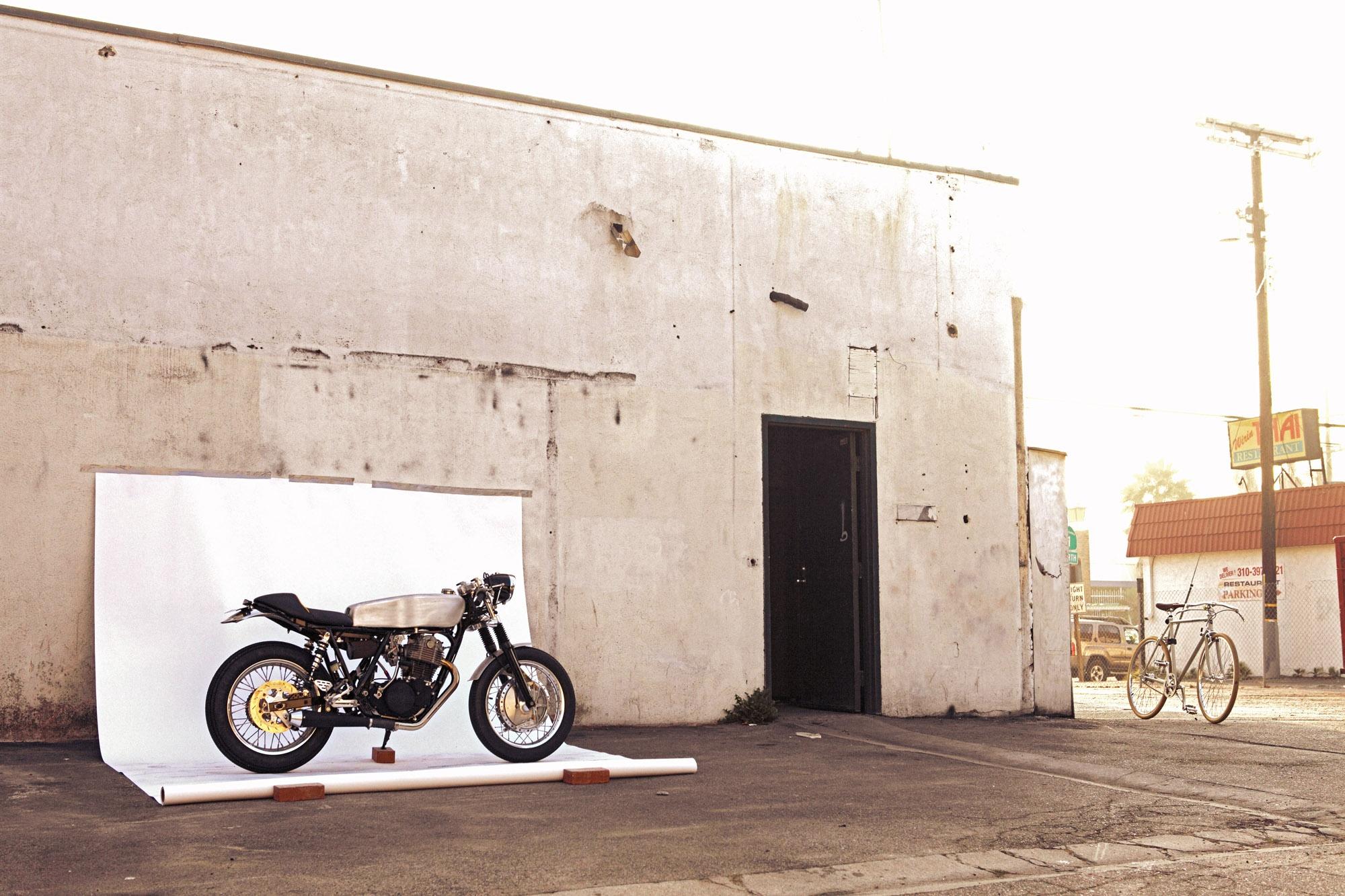 Deus Ex Machina SR500 Custom