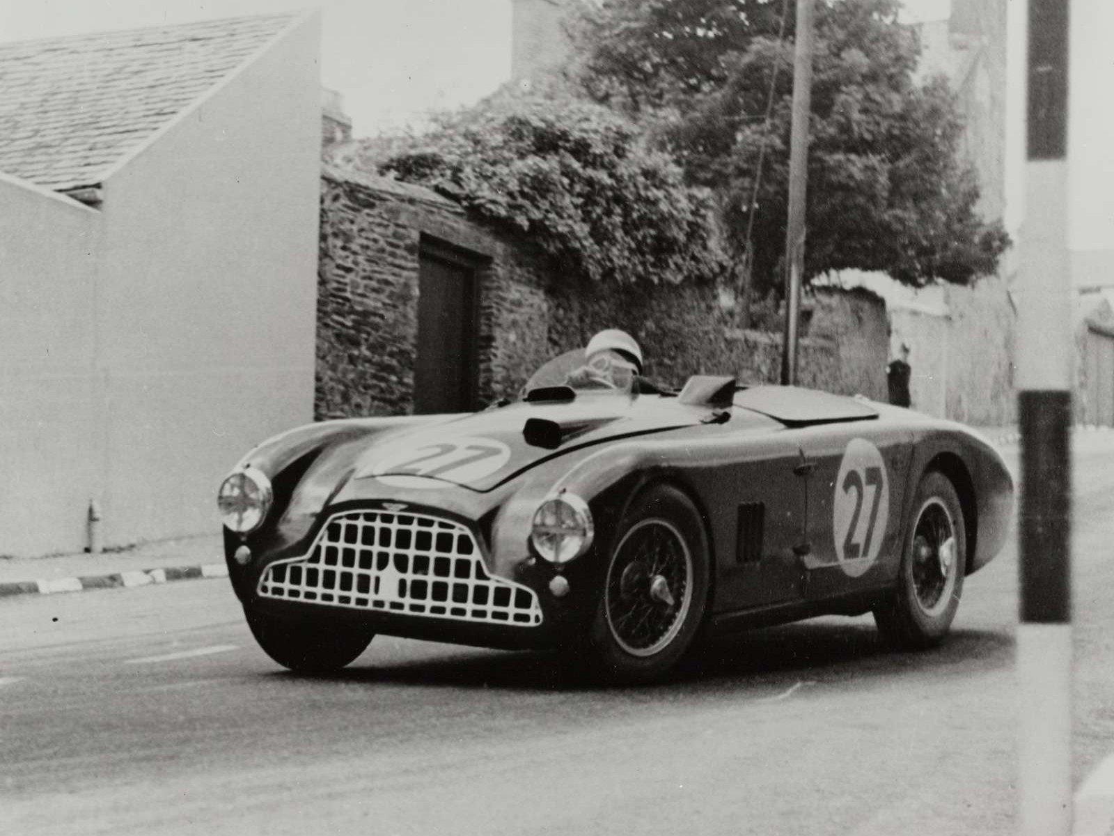 1951 aston martin db3 1600x1200 image 1 1951 Aston Martin DB3