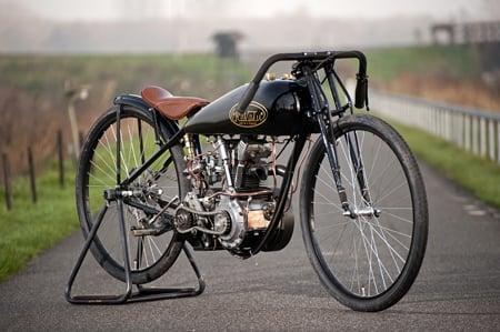 Revatu Pea Shooter board tracker motorcycle