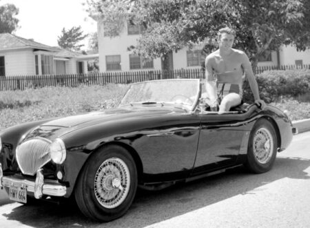 Clint Eastwood Austin Healey 450x330 - Clint Eastwood and his Austin Healey