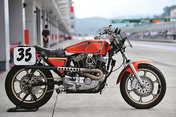 Harley XLH 1981 Racer by Vee Machine 01