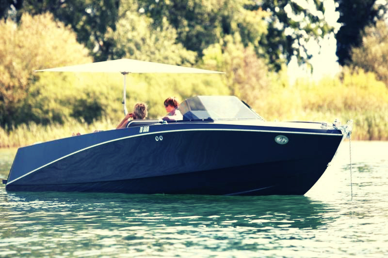 Ovation 6.8 by Ganz Boats 2