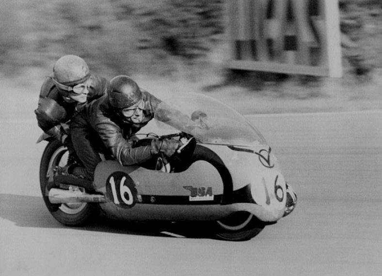 Bsa Sidecar Racing Silodrome