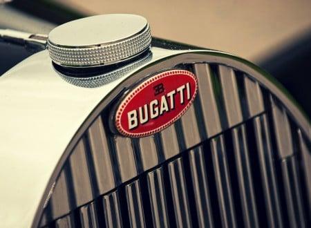 Bugatti Grill 450x330 - Bugatti Grill