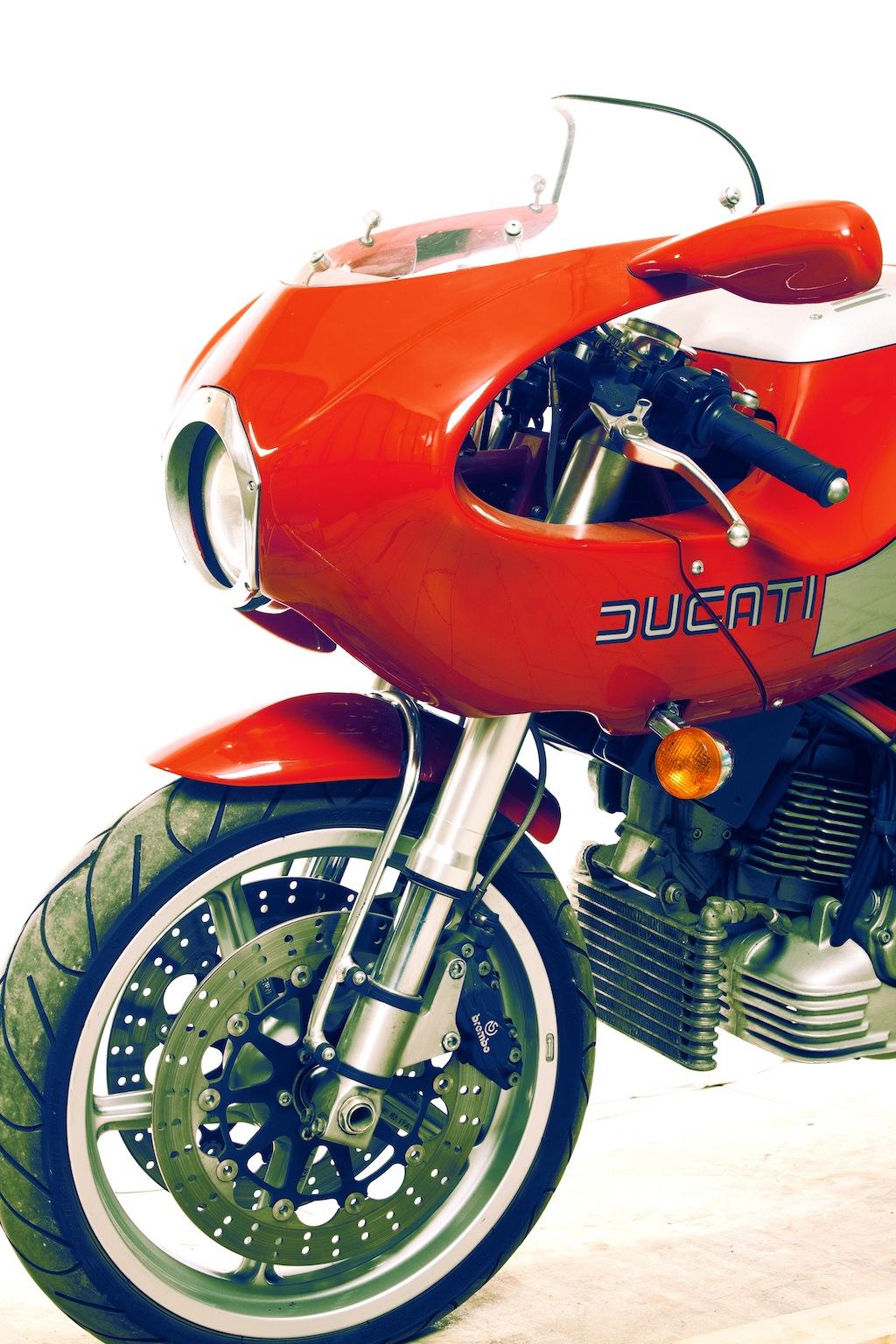 Ducati MHe 900e 15 Ducati MHe 900e