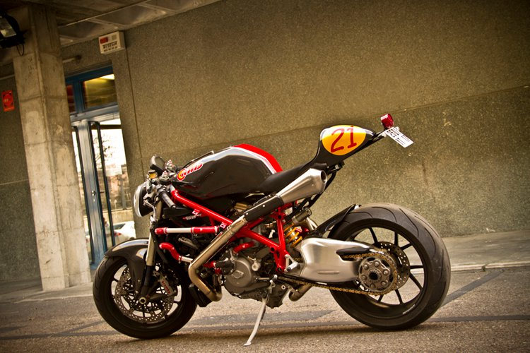 Racer by Radical Ducati 9