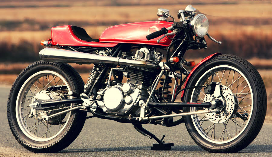 Yamaha SR 400 by Skull Motorcycle 01
