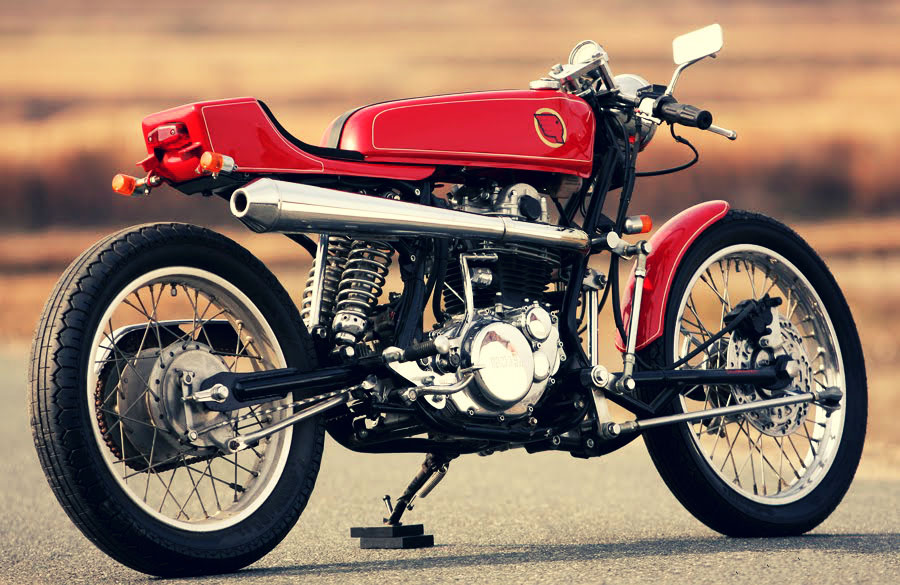Yamaha SR400 Custom Motorcycle 900 x 585 · 143 kB · jpeg