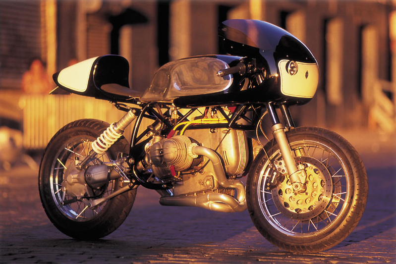 bmw cafe racer BMW Café Racer by Team Incomplete
