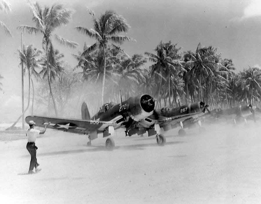 f4u corsair usmc majuro ww2 Vought F4U Corsair