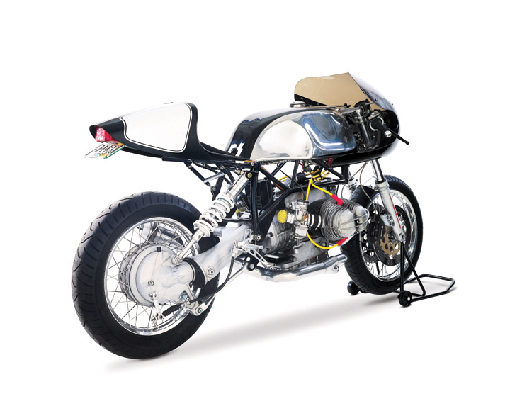 the boxer BMW Café Racer by Team Incomplete