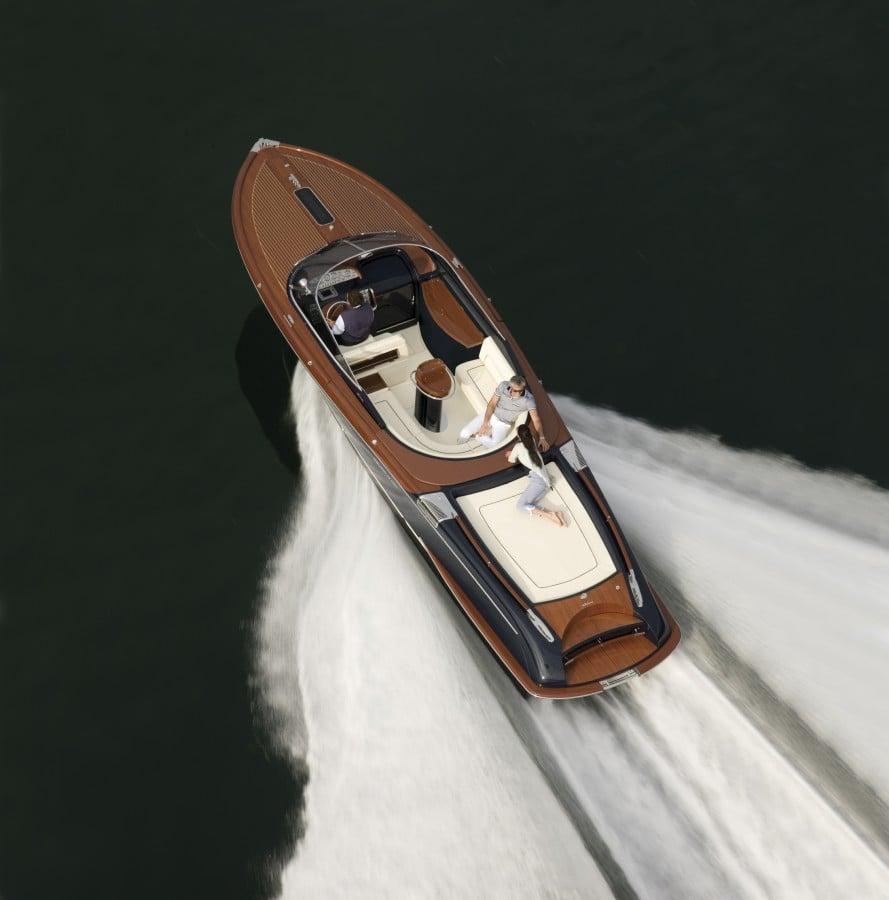 Aquariva 33' Boat