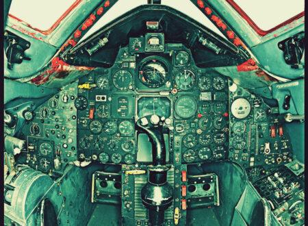 SR 71 Blackbird Cockpit 450x330 - SR-71 Blackbird Cockpit