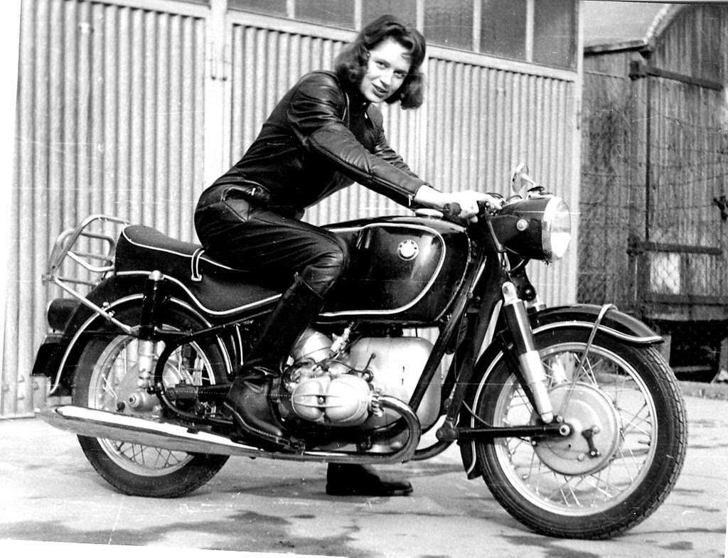 Girl On Old BMW Motorcycle 1024 x 785 · 191 kB · jpeg
