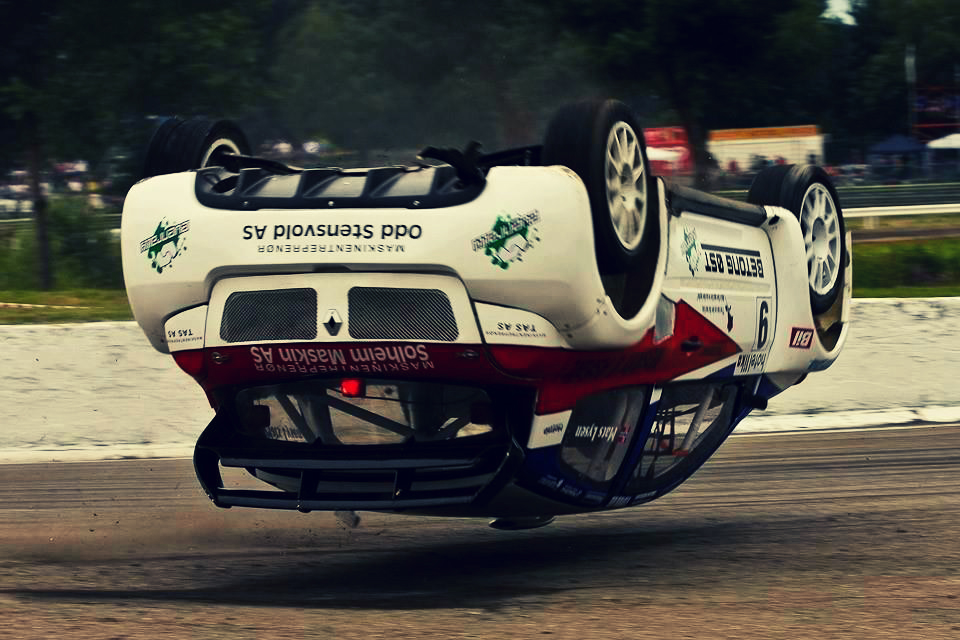 unside down rally car