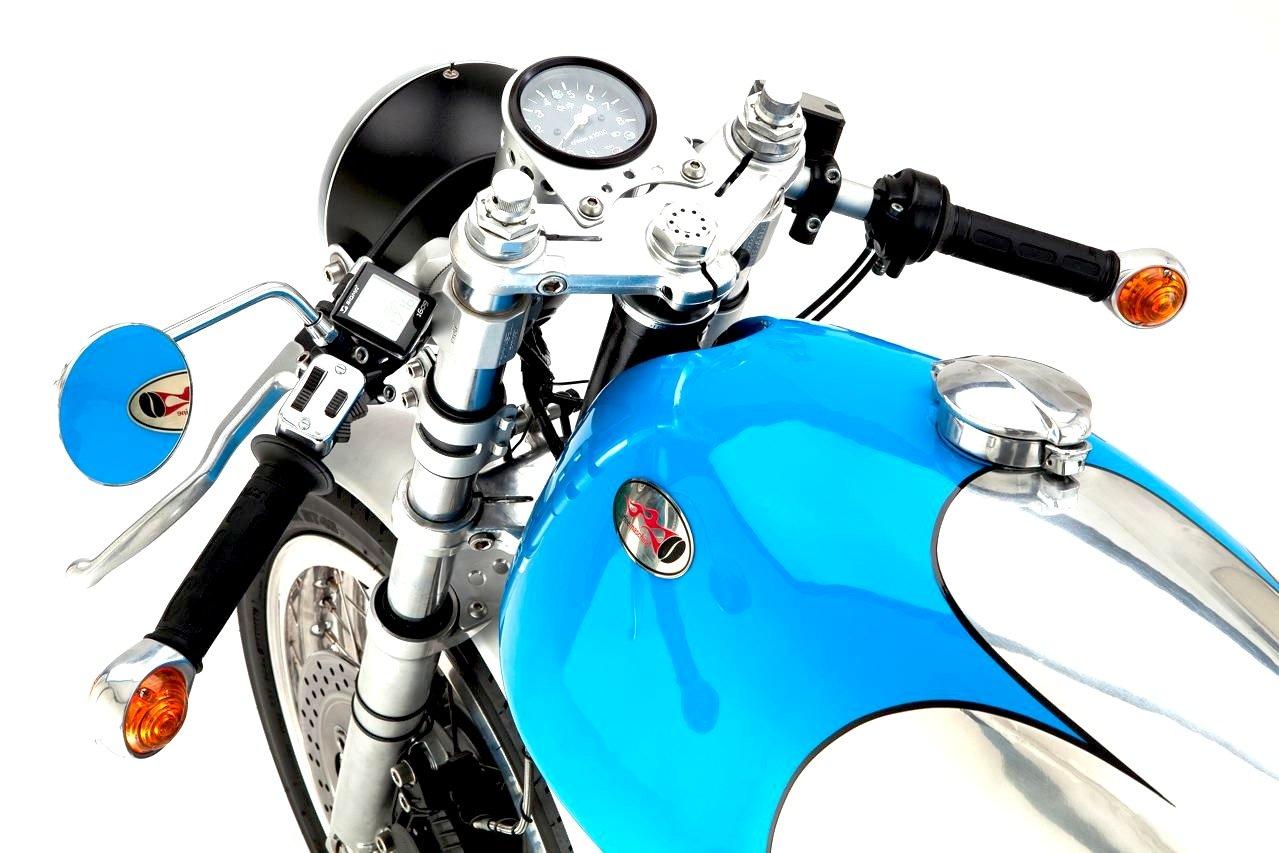 KaffeeMaschine 5 Moto Guzzi cafe racer KaffeeMaschine 5 Moto Guzzi