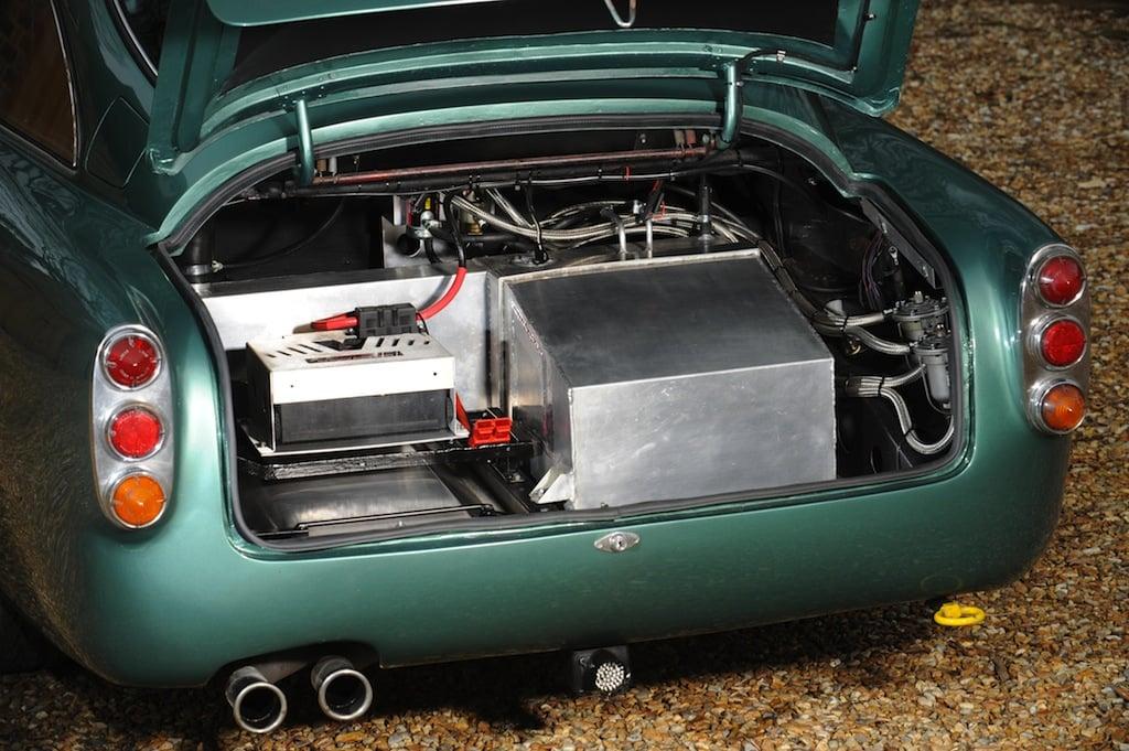 Lot 218 (4) 1961 Aston Martin DB4 4.2-Litre Sports Saloon