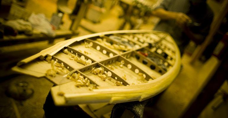 grain-hollow-wooden-surfboard-kit-construction
