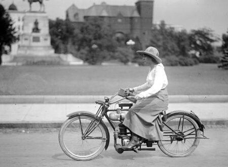 lady cyclist 450x330 - Lady Motorcyclist