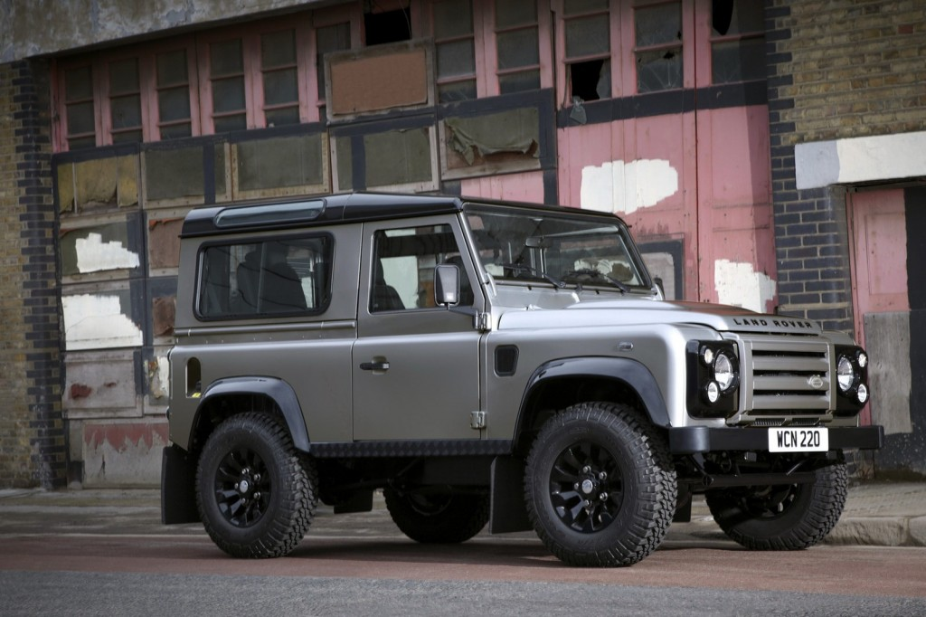 Land Rover Defender XTech 1