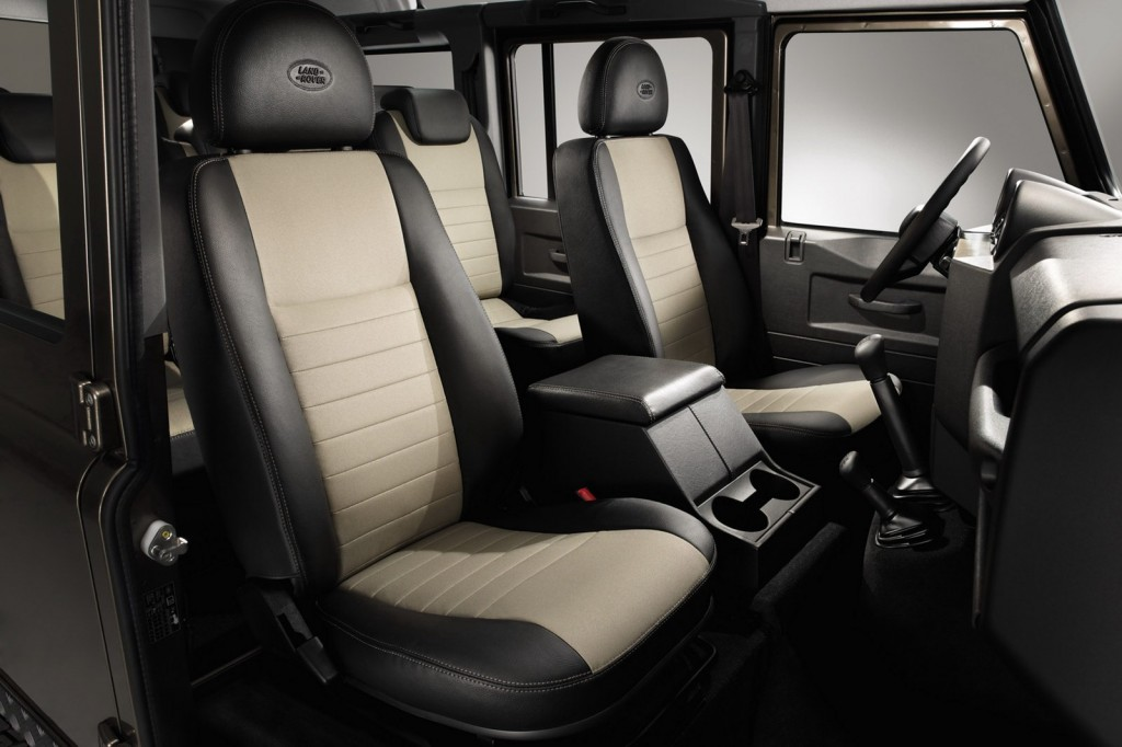Land Rover Defender XTech 76