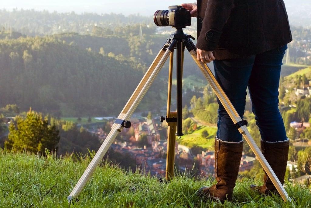 wood-camera-tripod-f73e
