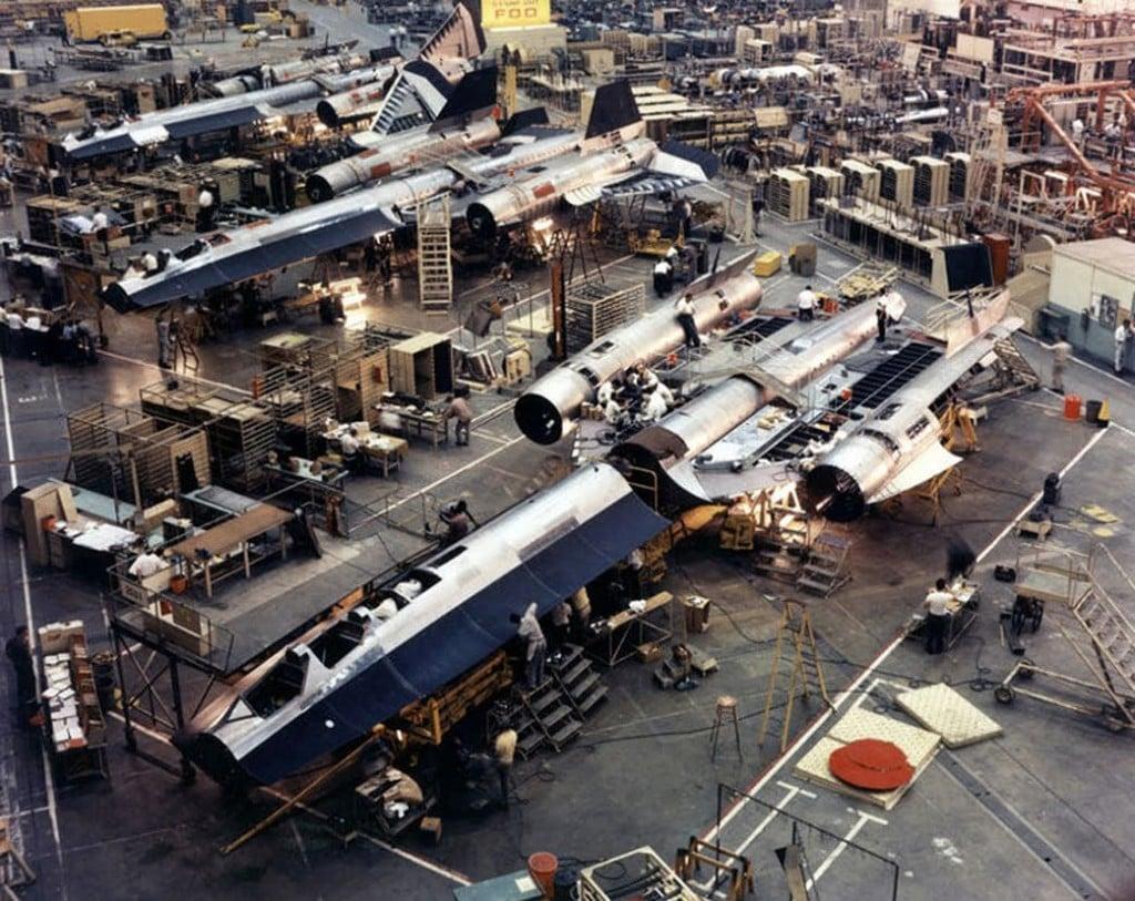 Sr 71 Blackbird Factory Silodrome