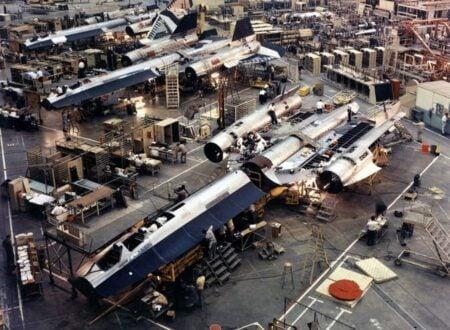 SR 71 Blackbird Factory 450x330 - SR-71 Blackbird Factory