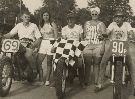 flat track motorcycles 450x330 - Flat Track Checkered Flag