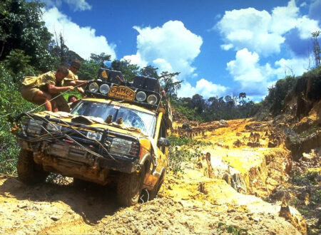 kalimantan96068 450x330 - Camel Trophy - The Land Rover Years